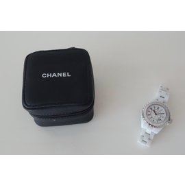 Chanel-MONTRE  J12 FULL DIAMANTS-Blanc