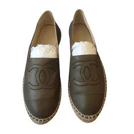 Chanel-Espadrilles-Khaki