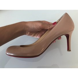 Christian Louboutin-Simple pump 70-Beige