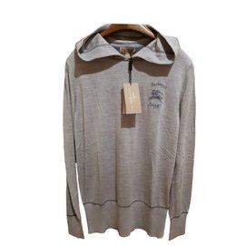 Burberry-jumper-Grey