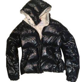 Moncler-Doudoune noire Moncler-Noir