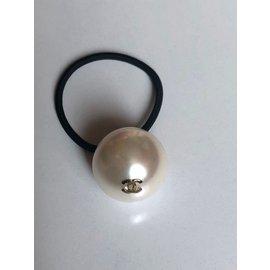 Chanel-Elastique bijoux-Beige