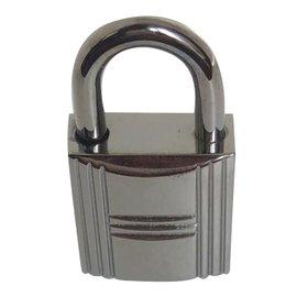 Hermès-silver padlock-Silvery