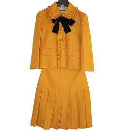 Gucci-Tailleur jupe-Moutarde