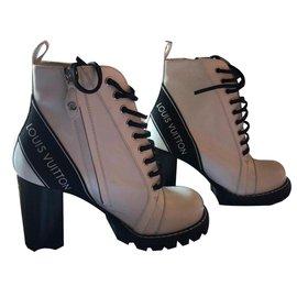 Louis Vuitton-Ankle Boots-White