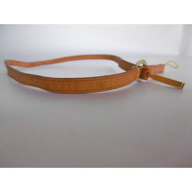 Louis Vuitton-Leather Phone Accessory Strap-Caramel
