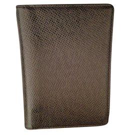 Louis Vuitton-porte carte-Gris