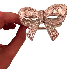 Chanel-Bracelets-Blanc