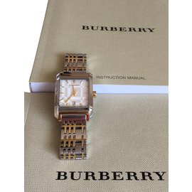 Burberry-Fine watches-Golden