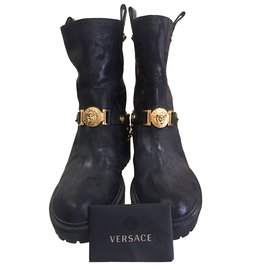 7c15cf1fe Second hand Gianni Versace luxury shoes - Joli Closet