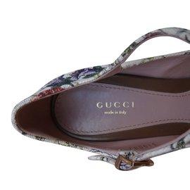 Gucci-Heels-Multiple colors