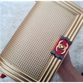 Chanel-Dubai Gold Medium Boy bag-Golden