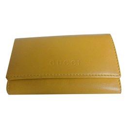 Gucci-Schlüsselhalter Brieftasche-Gelb