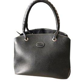fde356f7554 Second hand Tod's Handbags - Joli Closet