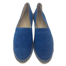 Chanel-Espadrilles-Blau