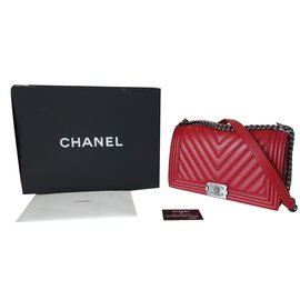 Chanel-BOY CHEVRON-Red