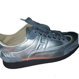 Hermès-sneakers-Silvery