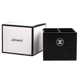 Chanel-Chanel brush storage-Black