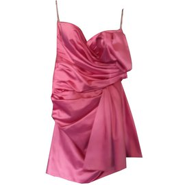 Moschino-Robes-Autre