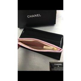 Chanel-Pochettes-Rose
