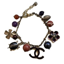 Chanel-'Lucky' charm bracelet-Metallic