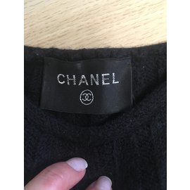 Chanel-Tops-Noir