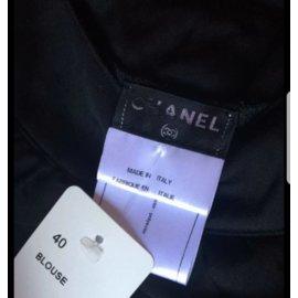 Chanel-Tops-Noir