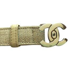 Chanel-Ceintures-Beige