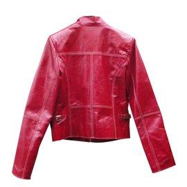 Prada-Perfectos-Rouge