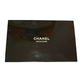 Chanel-VIP gifts-White