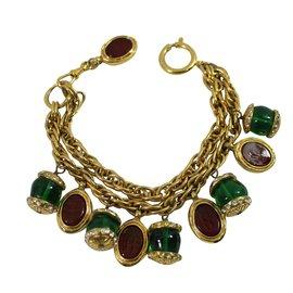 Chanel-Bracelet-Doré