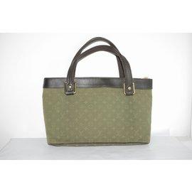 Louis Vuitton-Sac à main en lin Lucille Monogramme-Vert olive