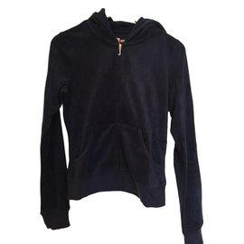 fdb54555d2c0 Second hand Juicy Couture Jackets - Joli Closet