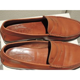 Tod's-Loafers Slip ons-Caramel