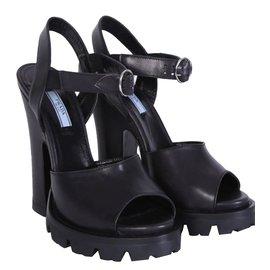 Prada-Sandales plateformes-Noir