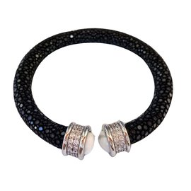 Autre Marque-Bracelet en galuchat noir-Noir