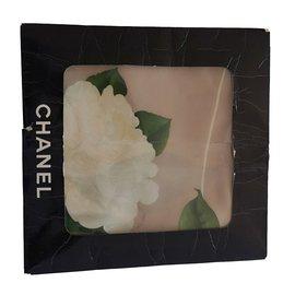 Chanel-Foulards-Beige