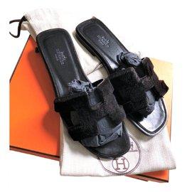 Hermès-Black Mink Oran sandals-Black