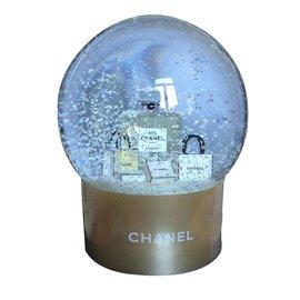 Chanel-Boule à neiges-Doré
