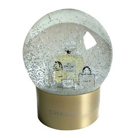 Chanel-Snow globe-Golden