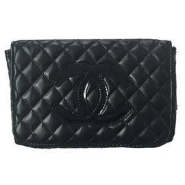 Chanel-Pockets-Black