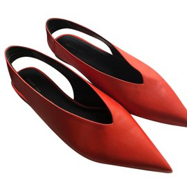Céline-Pumps-Red