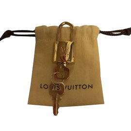 Louis Vuitton-Brass padlock-Golden