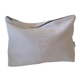 Chanel-Portefeuille-Noir,Blanc
