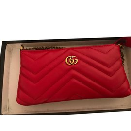 Gucci-marmont-Rouge