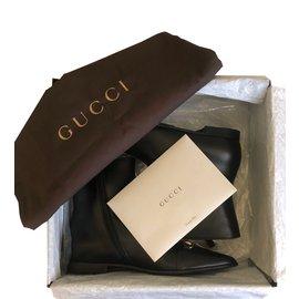 Gucci-Bottines à boucles-Noir