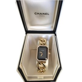 Chanel-Premiere-Noir