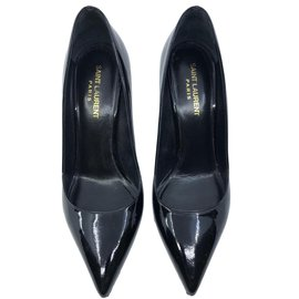 83b7a7a001c Second hand Yves Saint Laurent luxury shoes - Joli Closet