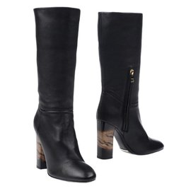 Burberry-boots-Black