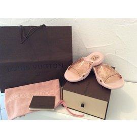 Louis Vuitton-Mules-Rose